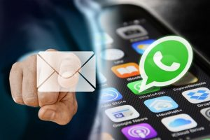 ¿WhatsApp o correo electrónico?