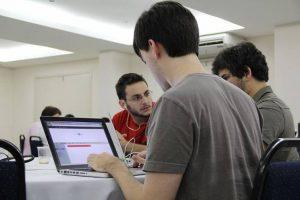 Lee más sobre el artículo 15 aplicaciones para ayudarte a dirigir tu startup